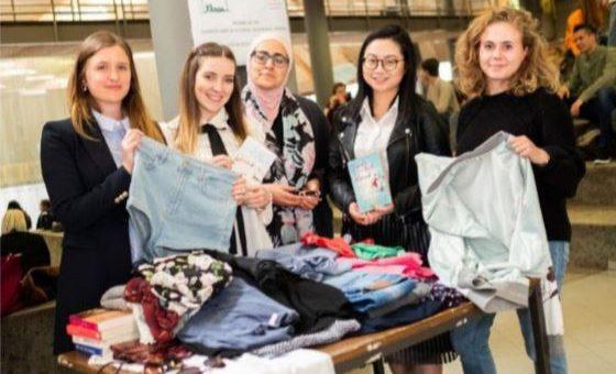 Studenten zamelen hippe kledij in voor kankerpatiënten